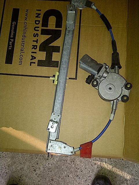 Podnośnik/siłownik elektryczny szyby Fiat Bravo/Brava/Marea prawa/lewa: zdjęcie 69913327