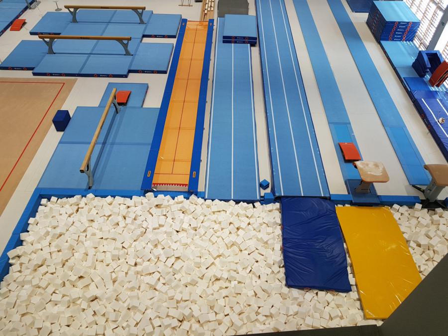 Gimnastyka dla dzieci i dorosłych od rekreacji po wyczyn: zdjęcie 77111515