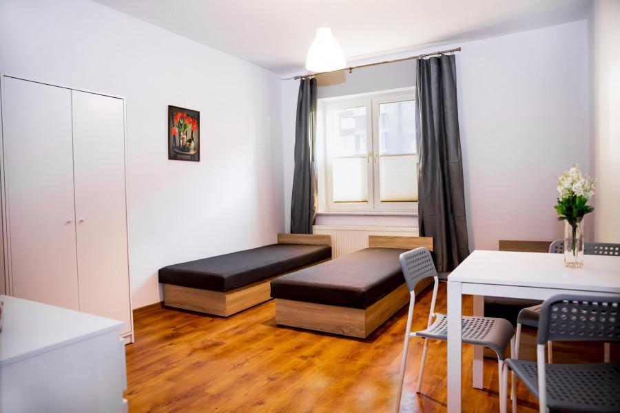 Mieszkanie dla 9 pracowników Nowy Port przy tramwaju