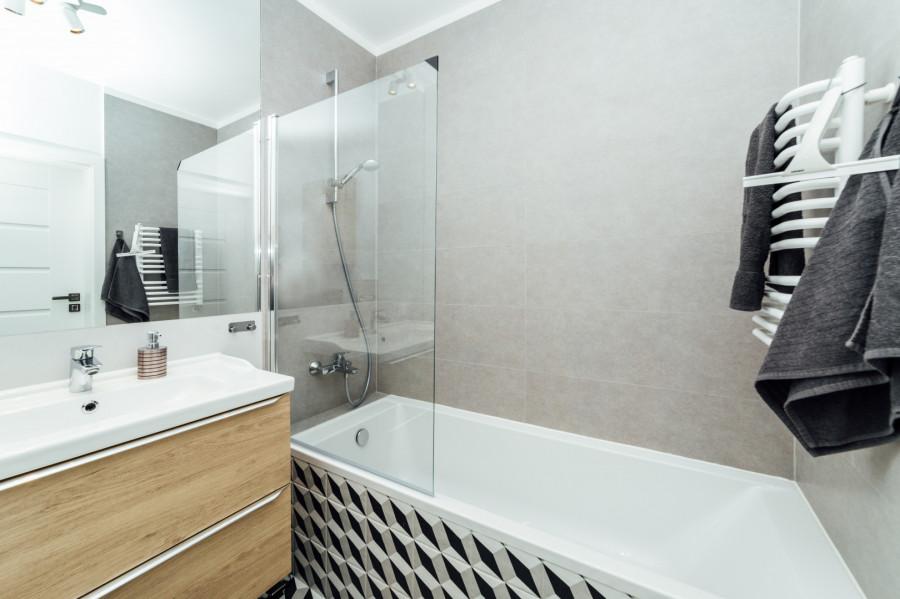 Apartament 3 pokoje, 2 sypialnie plus miejsce w garażu.: zdjęcie 83081646