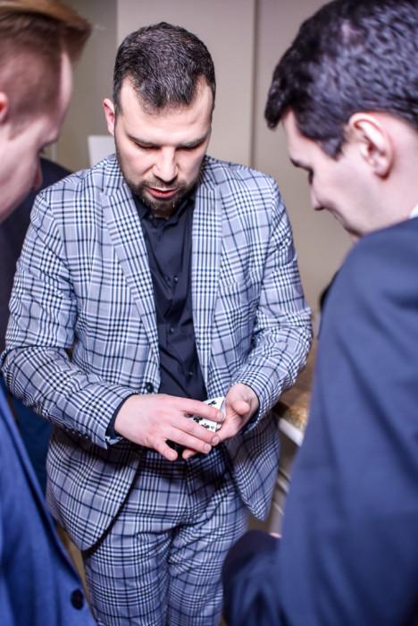 Iluzjonista na wesele - Tomasz Jusza: zdjęcie 83124181