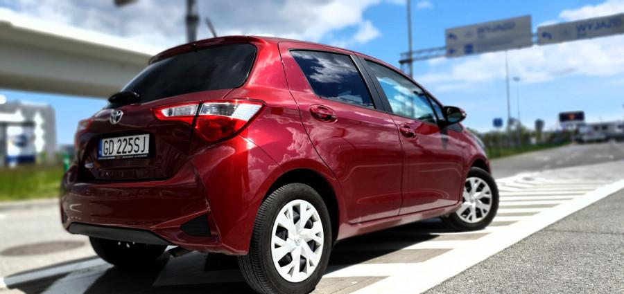 wynajem Toyota Yaris 1.5: zdjęcie 83150931