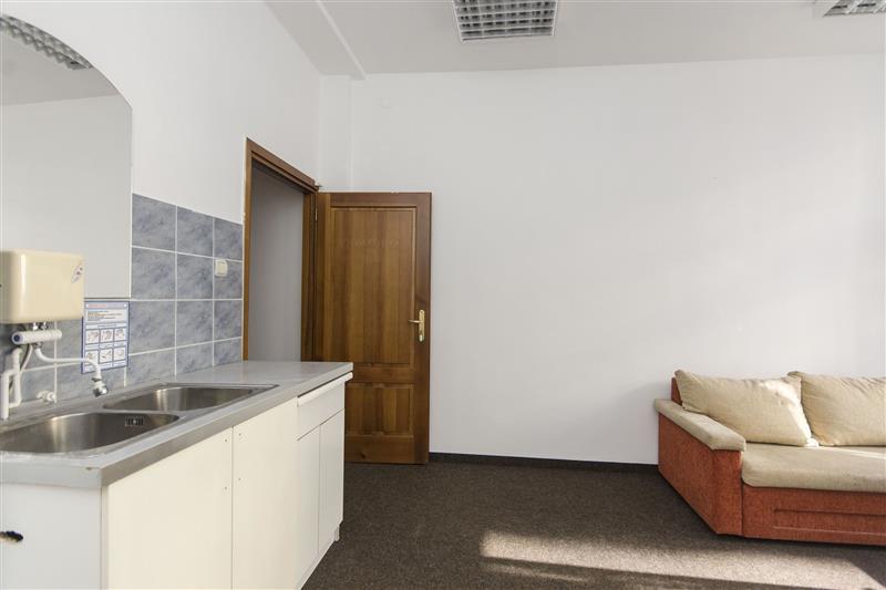 mieszkanie z przeznaczeniem na biuro: zdjęcie 84227409