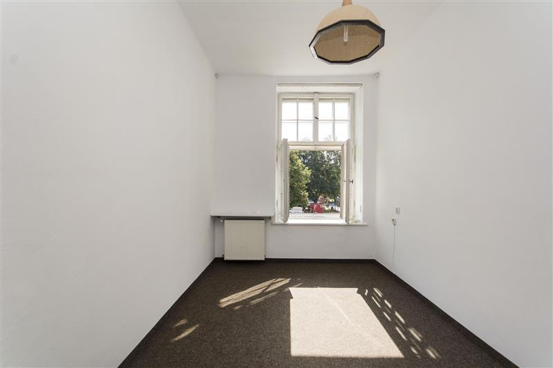 mieszkanie z przeznaczeniem na biuro: zdjęcie 84227411