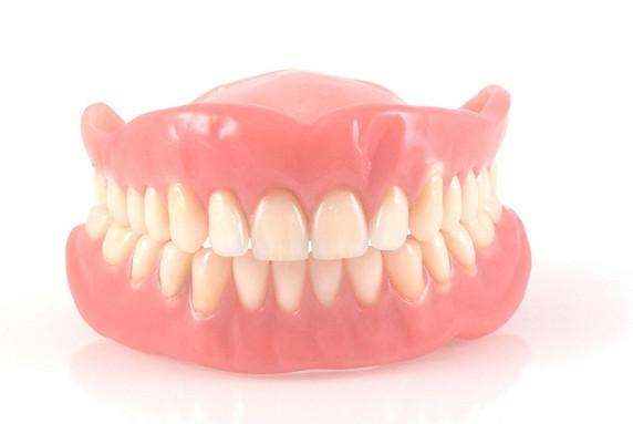 Pracownia Protetyczna, Naprawa Protez zębowych, Protezy zębowe, Gdańsk