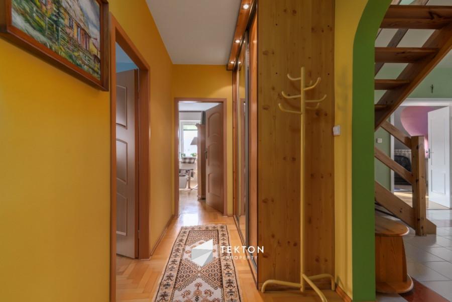 Dwupoziomowe mieszkanie z garażem i 2 piwnicami: zdjęcie 86635164