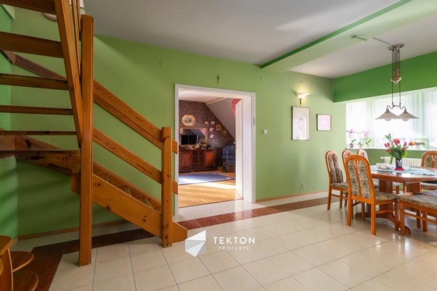 Dwupoziomowe mieszkanie z garażem i 2 piwnicami: zdjęcie 86635167