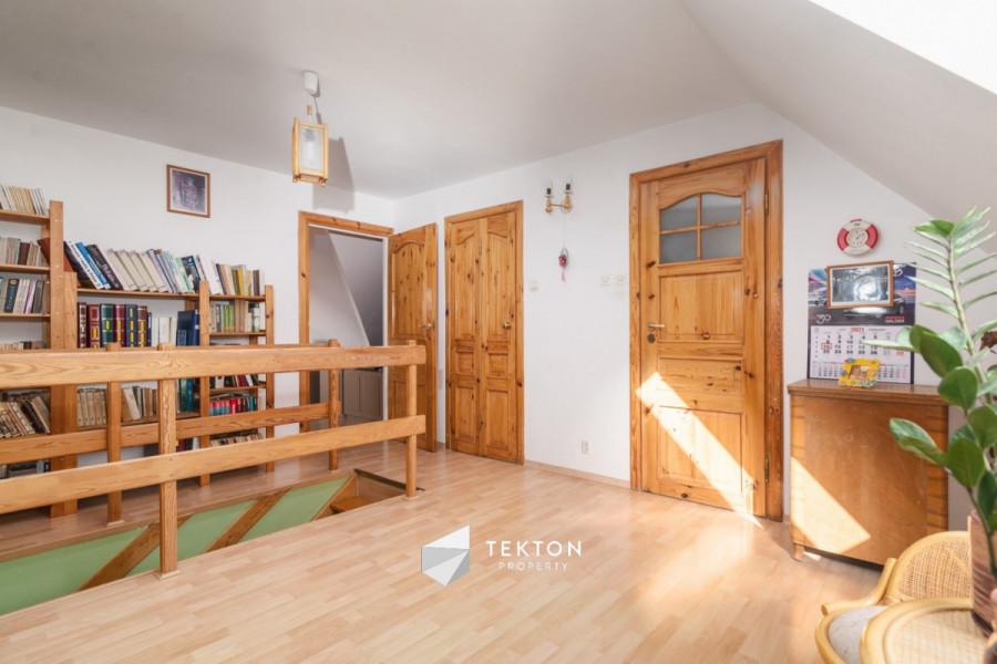 Dwupoziomowe mieszkanie z garażem i 2 piwnicami: zdjęcie 86635141