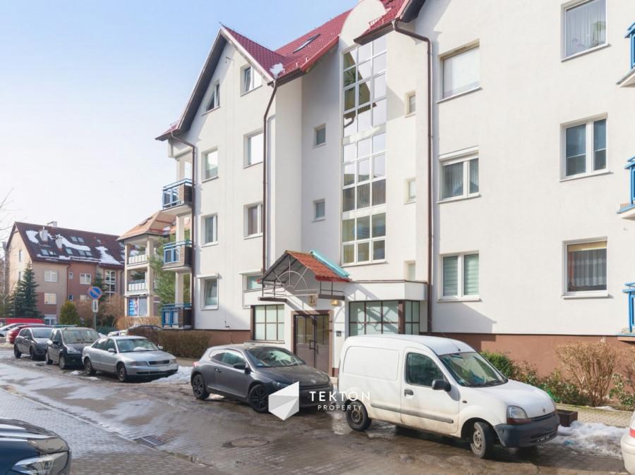 Dwupoziomowe mieszkanie z garażem i 2 piwnicami: zdjęcie 86635170
