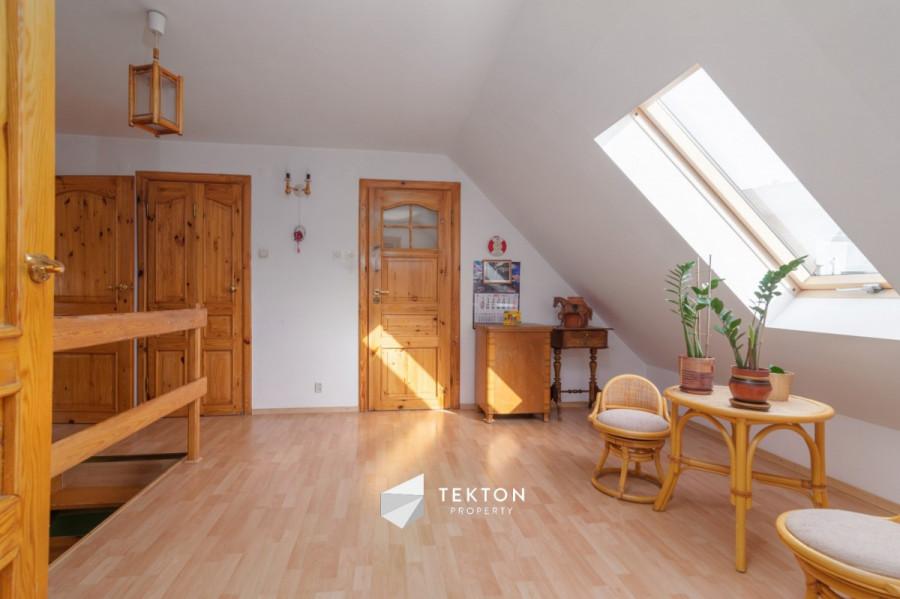 Dwupoziomowe mieszkanie z garażem i 2 piwnicami: zdjęcie 86635142