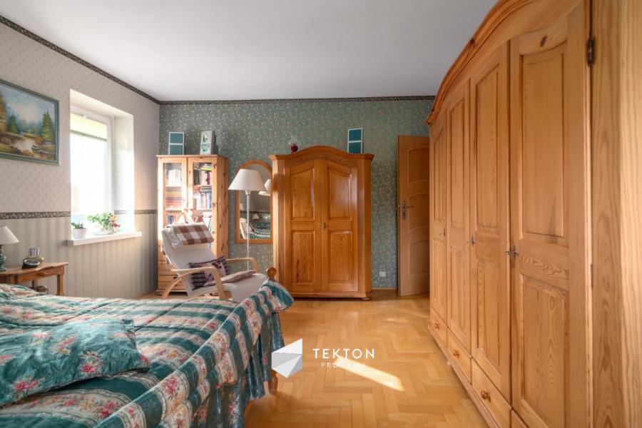 Dwupoziomowe mieszkanie z garażem i 2 piwnicami: zdjęcie 86635145