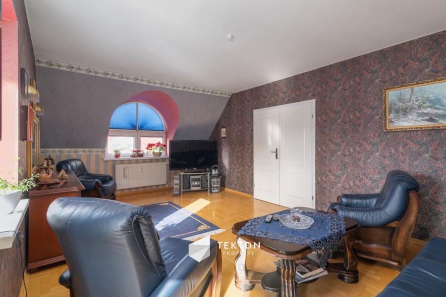 Dwupoziomowe mieszkanie z garażem i 2 piwnicami: zdjęcie 86635153