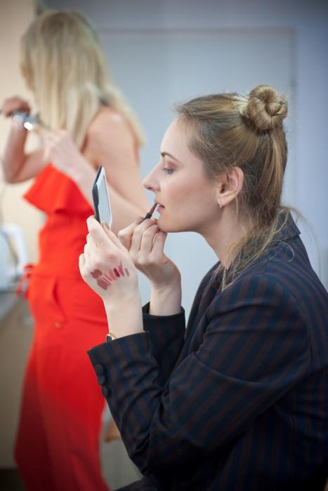 Jak się malować? Czyli kurs makijażu dla samej siebie (16h): zdjęcie 86367312