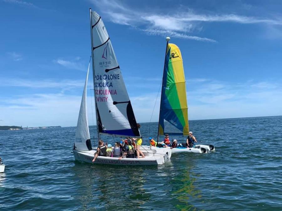 Półkolonie żeglarskie O'Pen Skiff Sopot 2021 Bon Turystyczny: zdjęcie 87032158