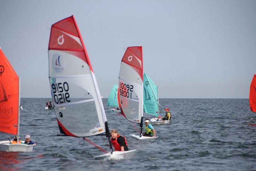 Półkolonie żeglarskie O'Pen Skiff Sopot 2021 Bon Turystyczny: zdjęcie 87032163