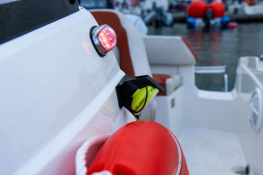 Łódź AM555 do 6 osób wynajem / czarter / rejsy ze sternikiem lub bez: zdjęcie 87067022