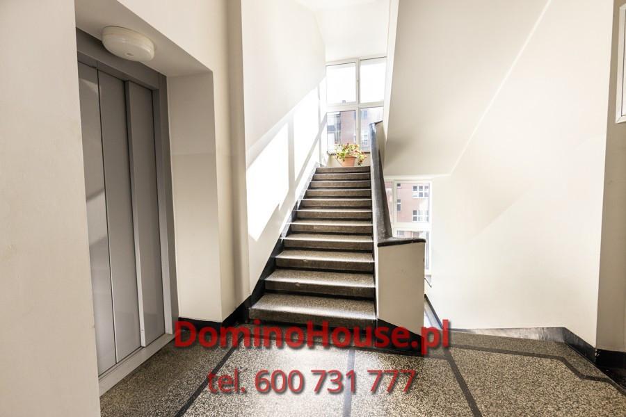 Biuro, kancelaria w dużym Mieszkaniu: zdjęcie 87830839