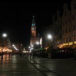 Ulica Długa i Ratusz nocą
