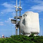 Gdynia - pomnik na skwerze