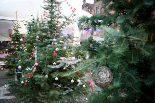 Świąteczny jarmark: jest nieco lepiej niż rok temu, ale estetyka rozczarowuje