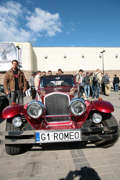 pokaz tuningowanych samochodów na Students Coalition Festiwal