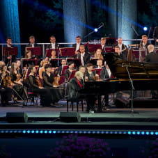 Adam Makowicz i Polska Filharmonia Kameralna Sopot
