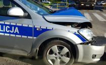 W wypadku na Kartuskiej ranny policjant