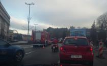 Lewy i środkowy pas Podwala zablokowany
