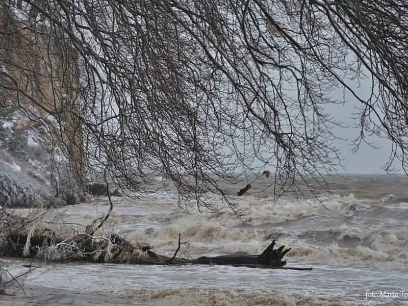 Wichura w Trójmieście. Maleje stan rzek, są podtopienia