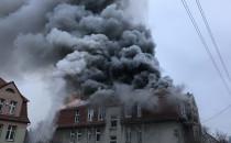 Płonie kamienica na Polanki w Oliwie
