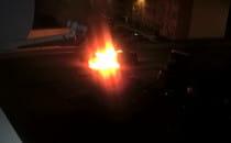Nocny pożar samochodu na Oruni