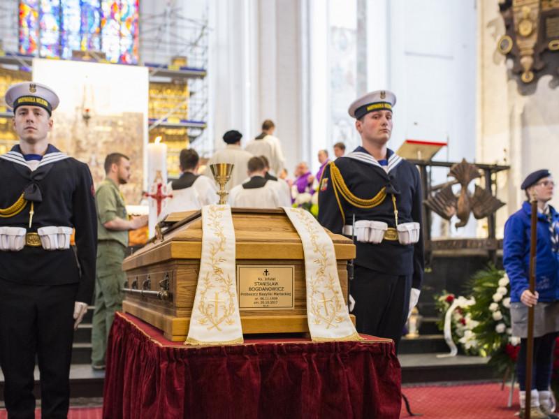 Ciało ks. Bogdanowicza spoczęło w krypcie kapłanów w Bazylice Mariackiej