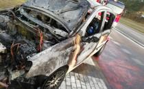 Spalony Fiat Panda kilka godzin po pożarze