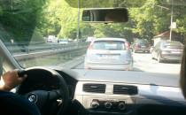 Leśnym odcinkiem Słowackiego jedziemy 5 km/h