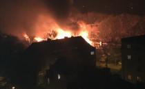 Skutki nocnego pożaru we Wrzeszczu