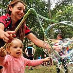 Gry i zabawy dla dzieci podczas rodzinnych wycieczek rowerowych