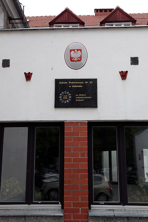 Szkoła Podstawowa nr 27 przy ul. Srebrniki 10 w Gdańsku