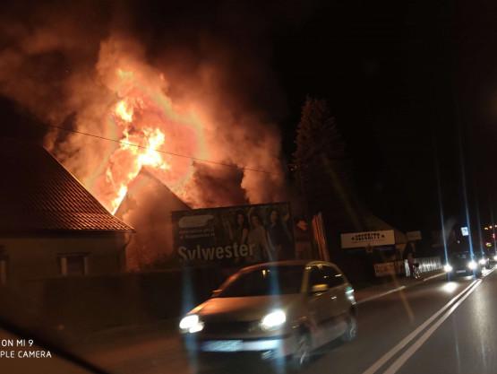 Pożar domu przy ul. Świętokrzyskiej w Gdańsku