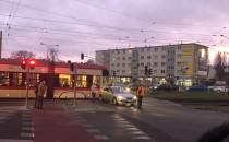 Zderzenie tramwaju z autem na pl....