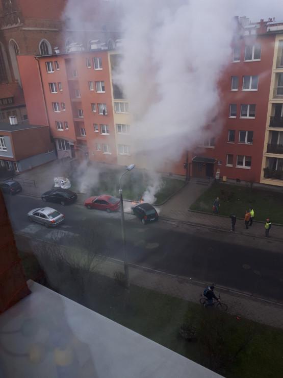 Pożar auta na Rzeźnickiej w centrum Gdańska
