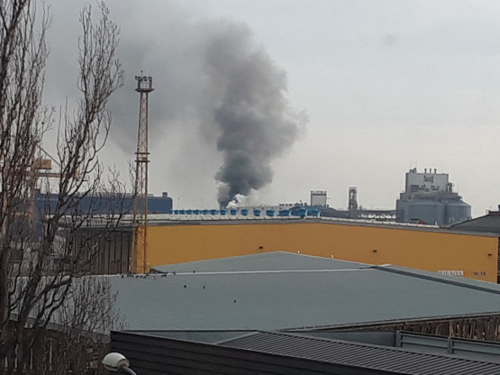 Pożar na terenach portowych w Gdyni