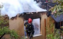 Pożar w Kolonii Jordana, akcja gaśnicza...