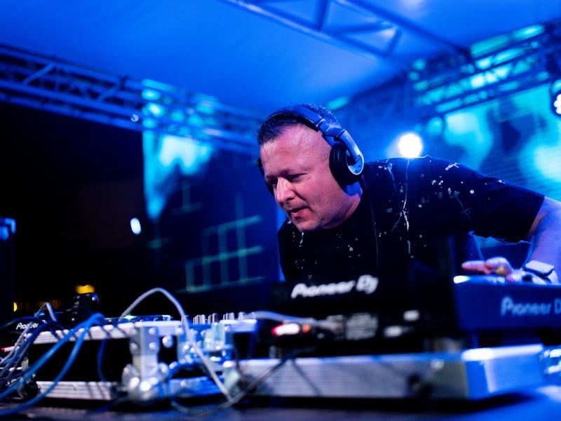 DJ Hazel zagrał na placu Zebrań Ludowych
