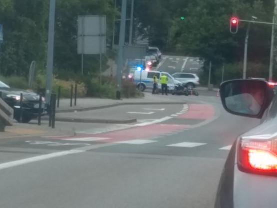 Wypadek motocyklisty w Redłowie