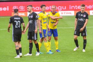Arka Gdynia - ŁKS Łódź 3:2. W meczu spadkowiczów niepotrzebne emocje po przerwie