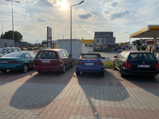 Wraki na parkingu w Gdyni