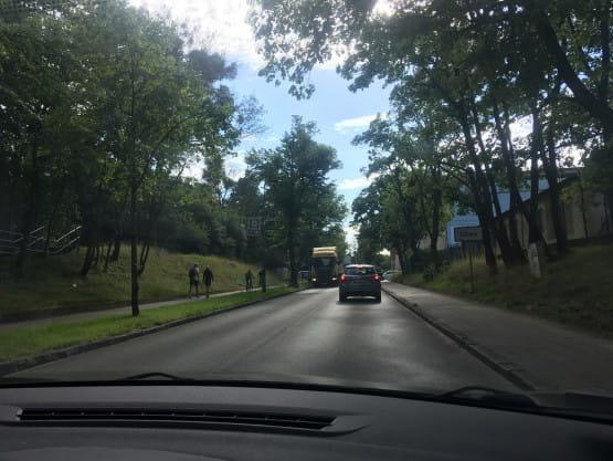Ciężarówka blokuje ruch na Piastowskiej