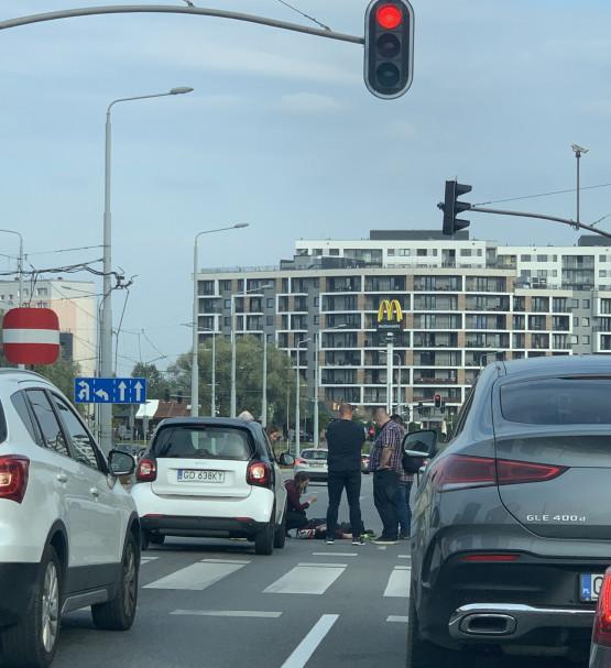 Wypadek rowerzysty z autem na wys. Warneńskiej