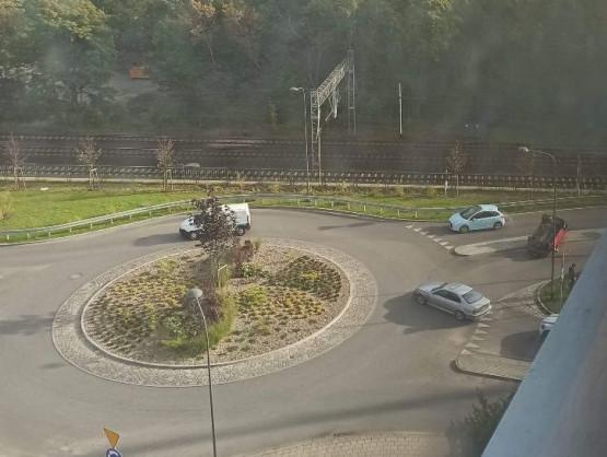 Wypadek i dachowanie na Kamiennym Potoku