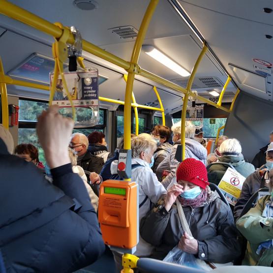 Tłok w autobusie